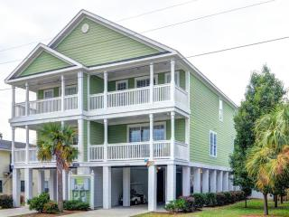Surfside Luxury Walk to Beach, Private Heated Pool - Surfside Beach vacation rentals