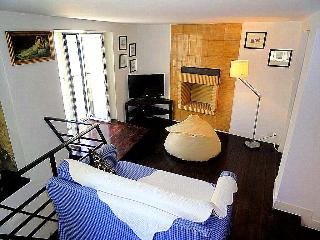 Vicente Duplex - Lisbon vacation rentals