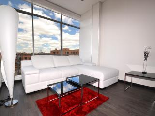 4 mins to Unicentro stylish condo at a great price - Bogota vacation rentals