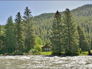 Located Directly on the Gallatin River - Cozy & Comfortable, Great Value (1052) - Montana vacation rentals