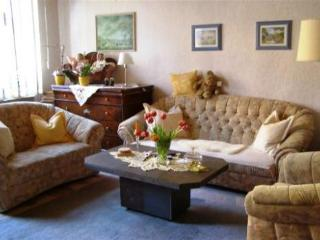 Vacation Apartment in Bacharach - 926 sqft, central, quiet, modern (# 3268) - Rhineland-Palatinate vacation rentals