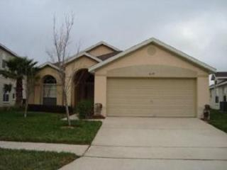 Hampton Lakes 3 Bedroom Private pool home Free Wi-fi - Image 1 - Davenport - rentals