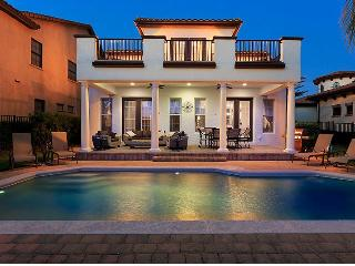 Large 5 bed Mediterranean style villa - great pool - Reunion vacation rentals