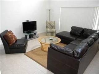 Living Area    - LPH5P734HPB 5 BR 2-Story Luxurious Villa with Modern Amenities - Davenport - rentals