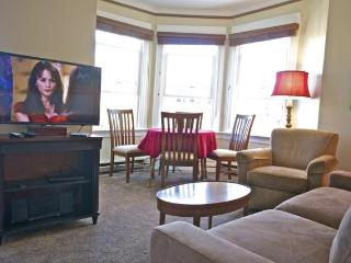St. John's # 203 - 2 BR, Sleeps 6 - Great Location - Seattle Metro Area vacation rentals