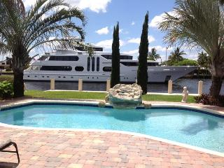 Waterfront,Luxury House, pool, walk to the beach - Lauderdale by the Sea vacation rentals