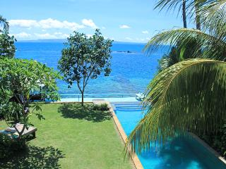 Villa Nilaya luxurious beachfront 3-bed Candi Dasa - Candidasa vacation rentals
