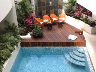 On 5th Ave; Swimming Pool & Private Garden Patio - Playa del Carmen vacation rentals