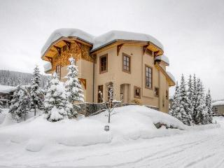 ChaletMac - British Columbia Mountains vacation rentals