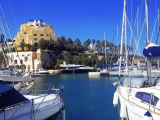 side sea view,Pacevile is only 5 minute walk away - Vittoriosa vacation rentals