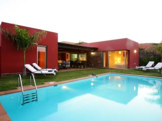 Luxury Villa, Private Pool, Full Extras, One Plot - Maspalomas vacation rentals