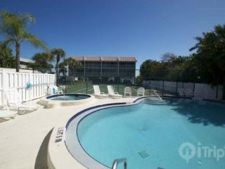 Anna Maria Island Pelican Cove - Gulf Beach and Bay Fishing - Anna Maria Island vacation rentals
