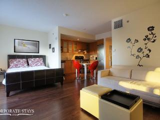 Montreal Emeraude Holiday Suite - Montreal vacation rentals