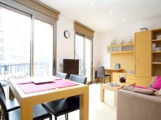 Chic and Modern apartment in Old Town Borne area!B - Catalonia vacation rentals