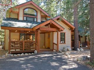 Chamberlands Tahoe Home-Walk to Beach-Pool-Pets - Tahoe City vacation rentals