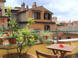rooftop apartment per 2 near Spanish Steps - Rome vacation rentals