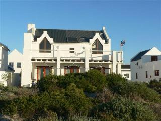 Ceol na Mara and Ceoleen - paradise on the beach - Western Cape vacation rentals