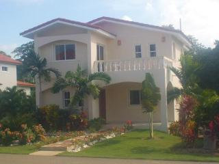 CARRIBEAN PARADISE VILLA - Sosua vacation rentals