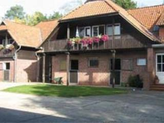 Double Rooms in Soltau - idyllic, quiet, relaxing (# 4047) - Soltau vacation rentals