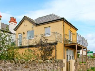 THE OLD COASTGUARD LOOKOUT, stunning sea views, balconies, touring base, Cove Ref 13338 - Loch Lomond and The Trossachs National Park vacation rentals