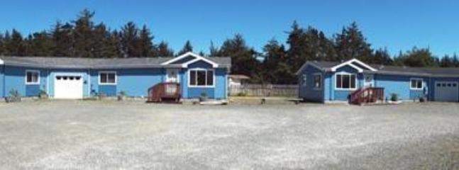 All 4 homes - 4 houses to choose from-sleeps 1 to 31 - Bandon - rentals