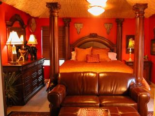 Mickey's Maingate Manor Luxurious Emerald Island - Four Corners vacation rentals