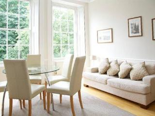 Cornwall Gardens (two bedrooms), South Kensington - London vacation rentals