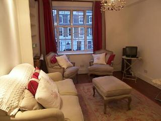 Lancaster Lodge (two bedrooms), Notting Hill, W11 - London vacation rentals