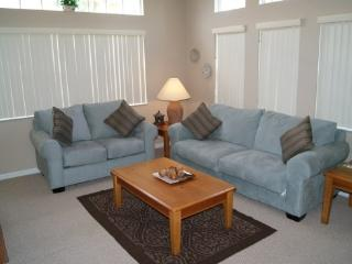 LB4T917PTC 4 Bedroom Modern Town Home Stylishly Furnished - Kissimmee vacation rentals