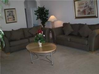 Living Area - CP4P652OD 4 Bedroom Executive Pool Home Backed With Conservation Area - Davenport - rentals