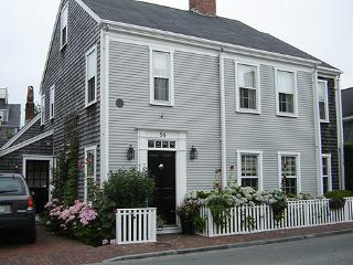 4 Bedroom 6 Bathroom Vacation Rental in Nantucket that sleeps 10 -(10335) - Nantucket vacation rentals