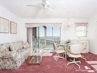 San Marco 611, 6th Floor, heated pool, gulf views, sunsets - Venice vacation rentals