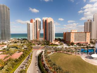AMAZING 2 BEDROOM OCEAN VIEW IN SUNNY ISLES BEACH! - Sunny Isles Beach vacation rentals