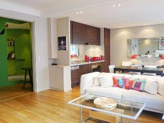 580 Two bedrooms   Paris Luxembourg district - Paris vacation rentals