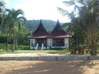Koh Chang Beach Front Villa (2 bedrooms plus loft) - Koh Chang vacation rentals
