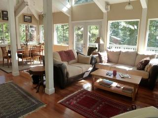 Gorgeous Tahoe Romantic Getaway!! - Tahoe Vista vacation rentals