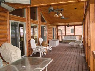 Lake Escape on Castle Rock Lake, near WI Dells - Wisconsin vacation rentals