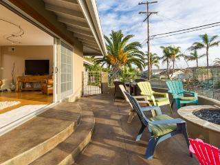 Ocean and Sunset Views from Large Glassed in Porch, Firepit - Laura Christine