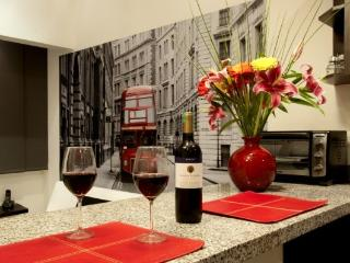 London Suite - Elegant Simplicity - Medellin vacation rentals