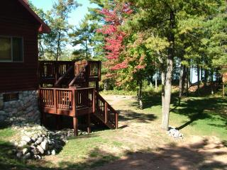 Sanctuary Shores on Castle Rock Lake, near WI Dell - Necedah vacation rentals