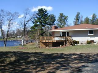 Snug Harbor on Castle Rock Lake, near the WI Dells - Necedah vacation rentals
