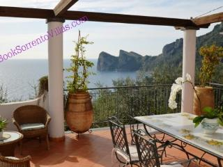 APPARTAMENTO LA GRANSEOLA C (NEW) - SORRENTO PENINSULA - Marina del Cantone - Sorrento vacation rentals