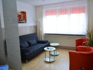 Vacation Apartment in Greifswald - 592 sqft, central, cozy, quiet (# 3344) - Greifswald vacation rentals