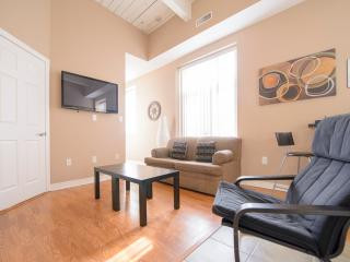 Superior 3 - We pay the tax! Save 13%! - Niagara Falls vacation rentals