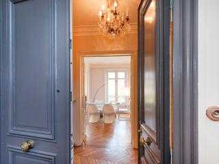 Elegant, Comfortable 3-Bedroom in Saint-Germain - Paris vacation rentals