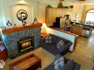 Living Room - Powder Ridge Townhouses - 03 - Sun Peaks - rentals
