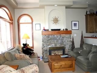 Powder Ridge Townhouses - 05 - Sun Peaks vacation rentals