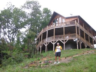Mountain views*HOT TUB***WI FI** Cell  service! - Murphy vacation rentals
