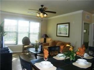 BP3C904CP-526 3 Bedroom Condo Home Conveniently Situated in Bella Piazza Community - Davenport vacation rentals