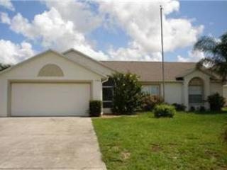 3 BED 2 BATH HOME WITH PRIVATE POOL AND SUN DECK & CONSERVATION VIEW - Davenport vacation rentals